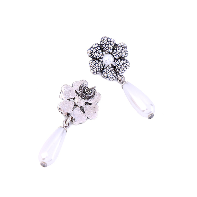 Occident and the United States alloy Diamond earring NHQD4005