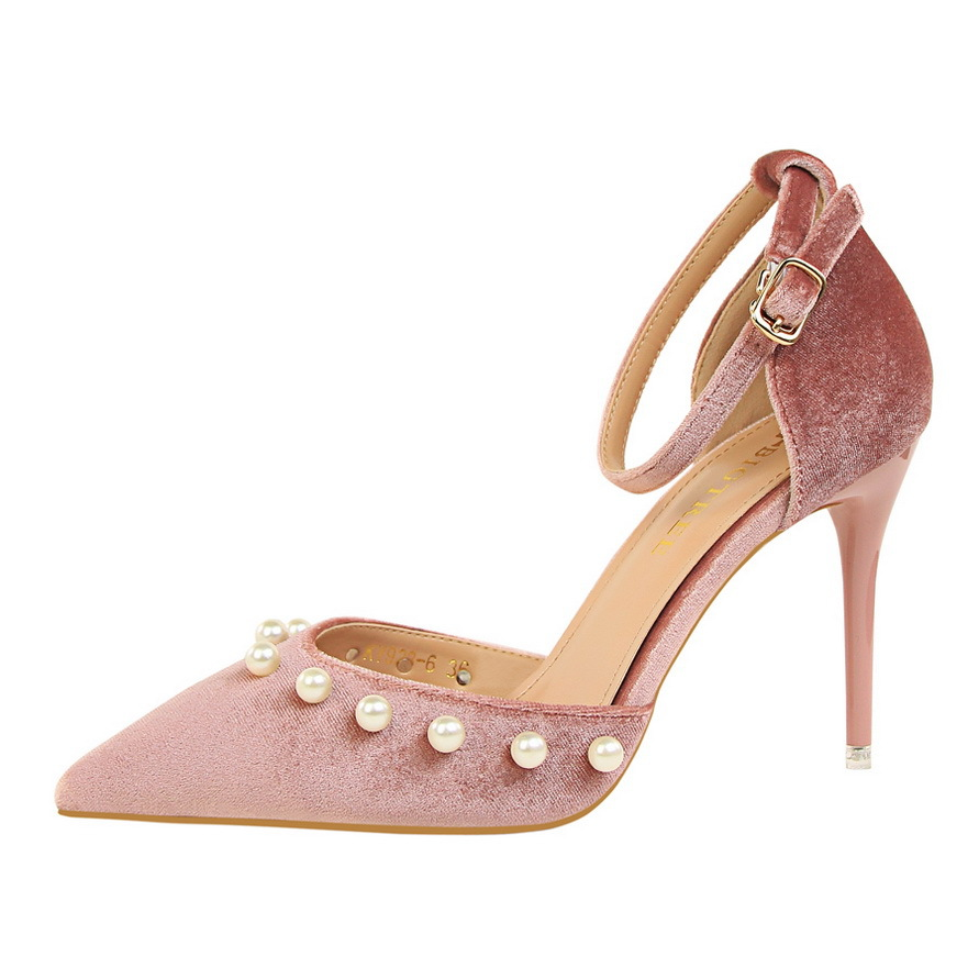 Pink sweet pearl pointed sandals's main photo