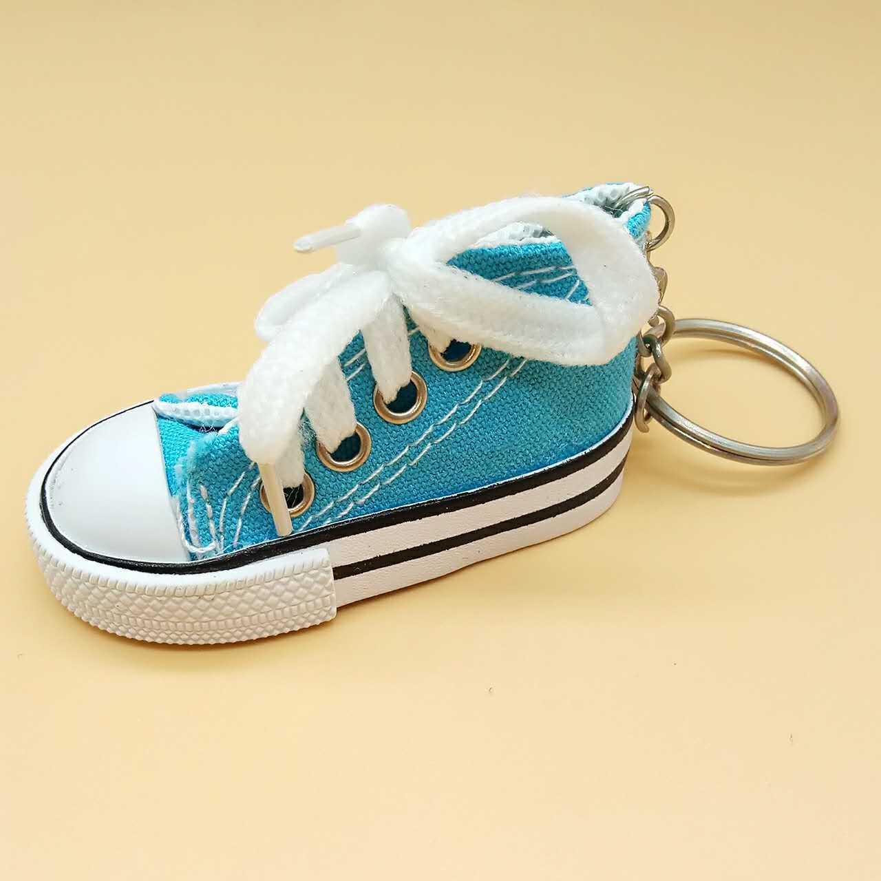 Creative canvas shoes pendant keychain wholesale Nihaojewelry NHYOU422319