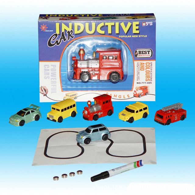Câu đố trẻ em bán buôn với dòng xe ghi điểm cảm ứng xe tự động cảm ứng đường ray xe lửa đồ chơi 0.15 Mẫu xe