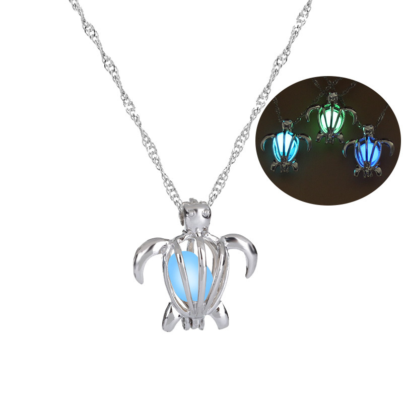 Hot Sale Luminous Bead Fashion Turtle DIY Luminous Bead Pendant Halloween necklace wholesale nihaojewelry NHAN245537