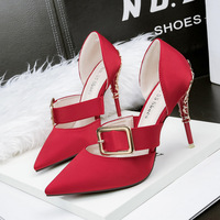 399-2 han edition fashion pointed high-heeled shoes one word with sexy nightclub sandals with metal heel sandals