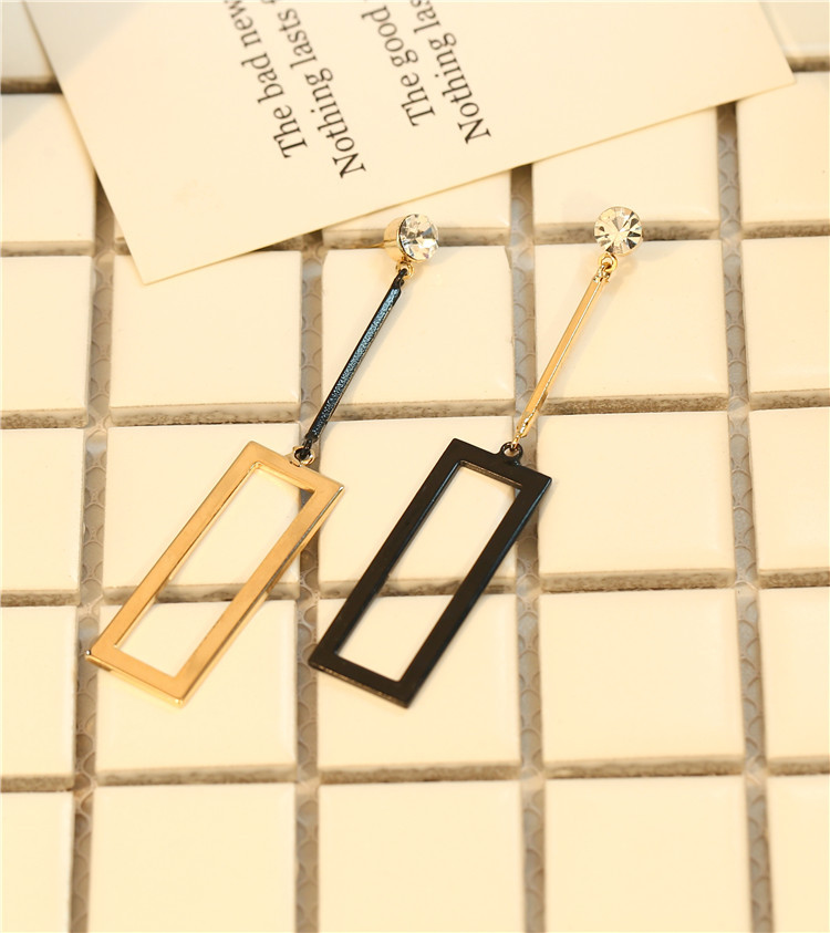 Star street shoot metal plating earring (An asymmetrical pair)NHIM0711-An asymmetrical pair