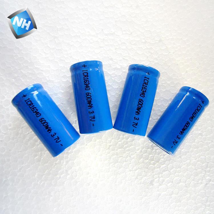 供应电动剃须刀充电锂电池 16340电池足容320毫安电子烟电池批发