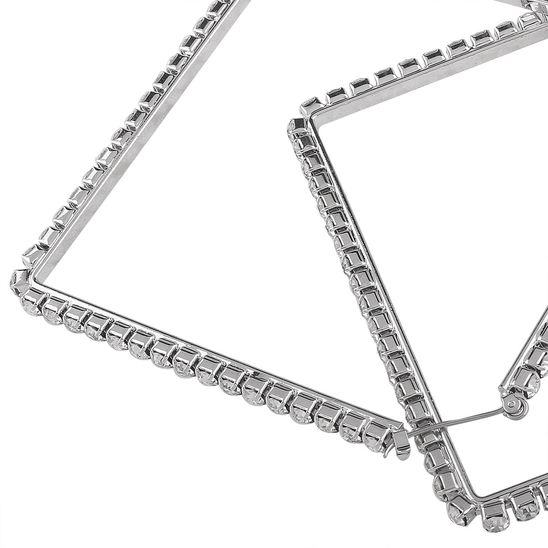 Occident and the United States alloy Diamond earring (White k)NHNMD3781-White k