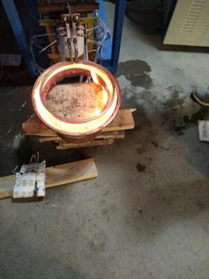 高频£¬中频£¬超音频加热£¬淬火£¬焊接£¬透热专用设备