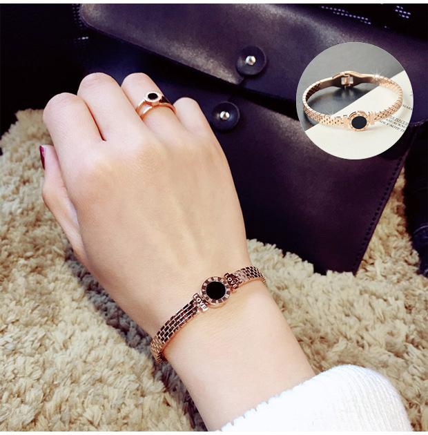 Simple shell plated 18K rose gold bracelet NHOK152975