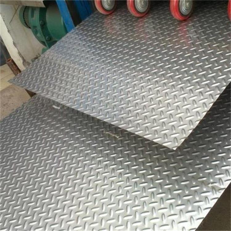 现货定制加不锈钢花纹板 不锈钢防滑板 压花不锈钢板可非标定制