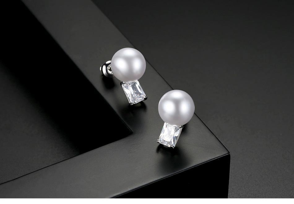 Alloy Korea  earring  (White zirconium white alloy-T07F17) NHTM0456-White-zirconium-white-alloy-T07F17