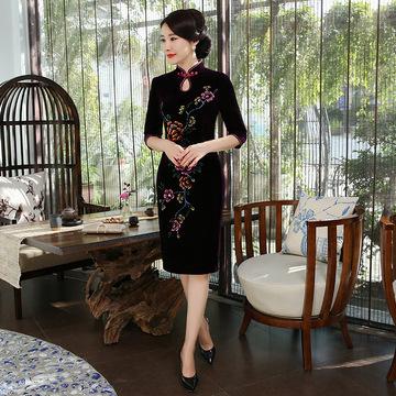 巧祺妈妈装金丝绒旗袍中老年手绘中长旗袍裙中式复古时尚改良旗袍