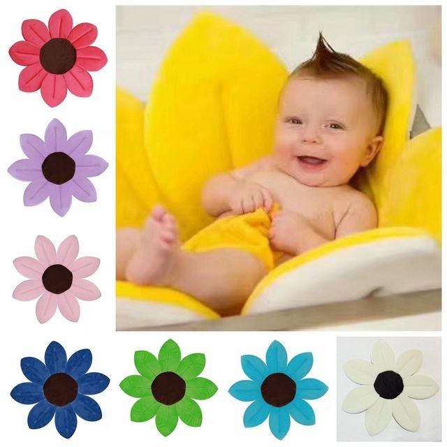 小宝宝安抚洗澡浴垫婴儿洗澡莲花坐垫花瓣折叠浴垫新生儿防滑浴垫