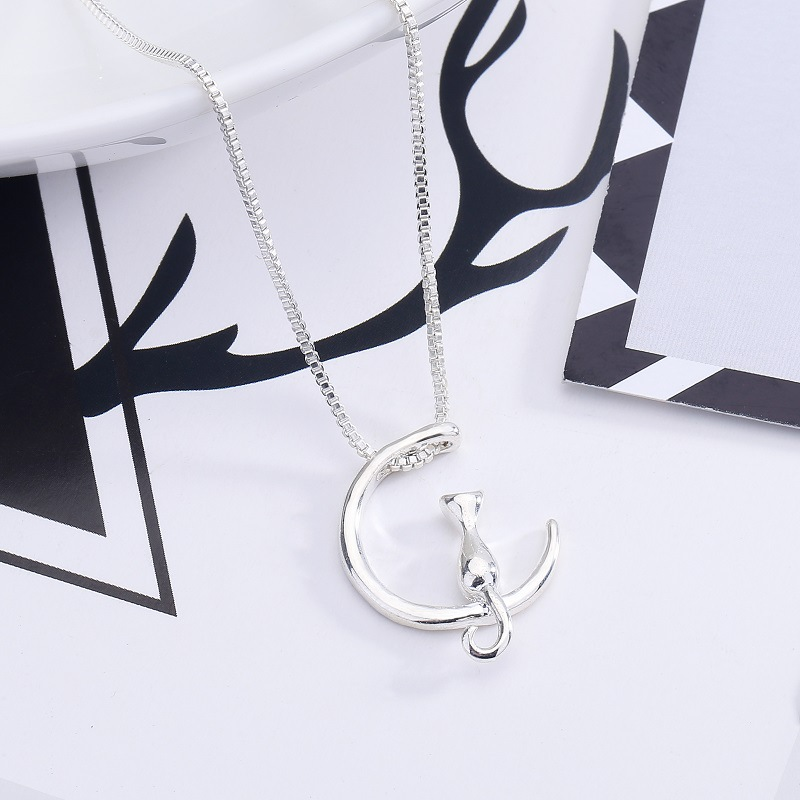 Cat On The Moon Necklace 2