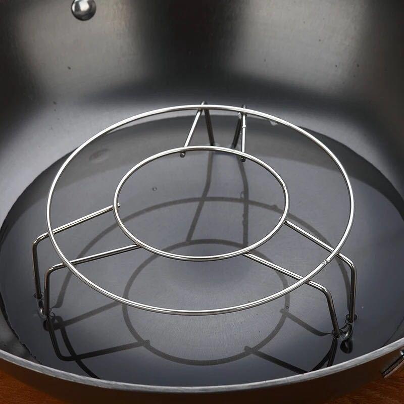不锈钢圆形蒸架  厨房小工具蒸笼三角小蒸架三脚 厨房小用品2元店