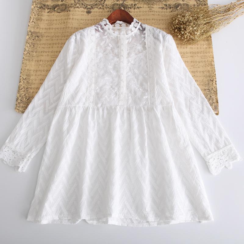 春裝新款寬松女襯衫森女系蕾絲領精致刺繡中長款白色襯衣女娃娃衫