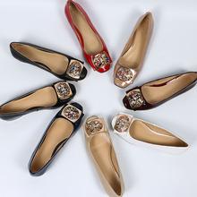 2017新款女鞋春瓢鞋水钻真皮牛漆皮浅口低跟粗跟单鞋女大码42批发