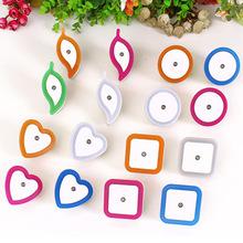 厂家批发LED感应灯 新奇特地摊热卖 创意产品插电节能光控小夜灯