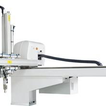 大型抓取机械手注塑机械手上下料取件五轴伺服机械手厂家