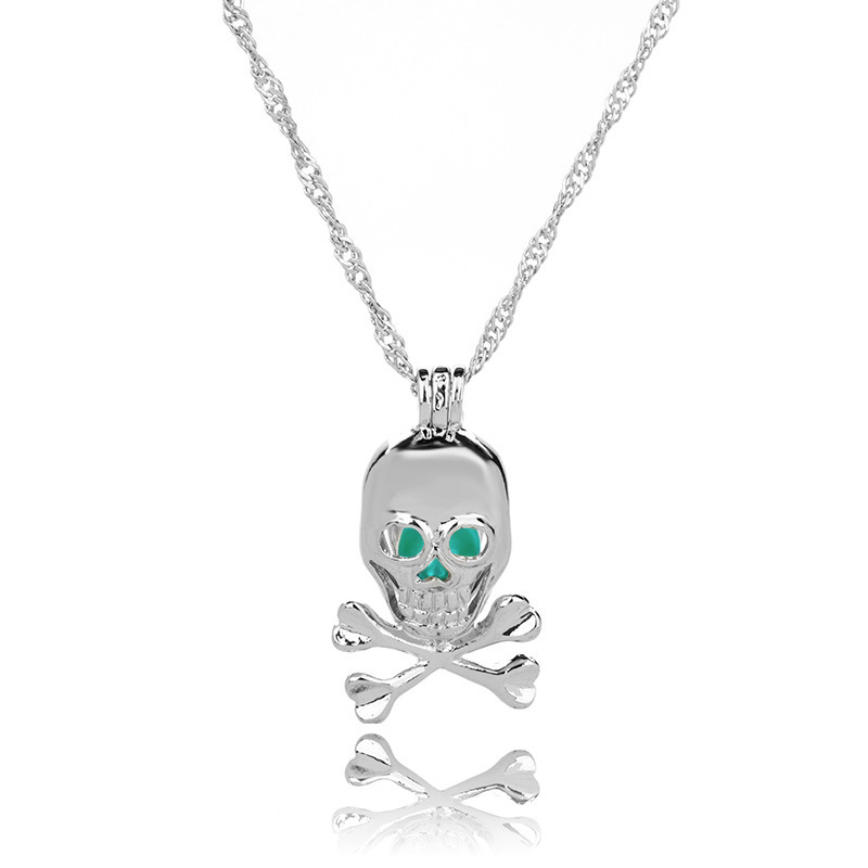 hotselling luminous openable skull pendant Halloween luminous necklace wholesale nihaojewelry NHAN245531