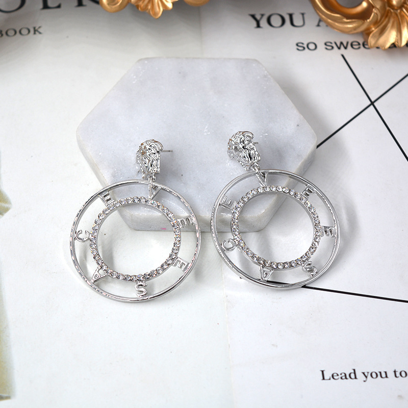 Round cutout letter metal rhinestones exaggerated lion head earrings NHNT154540