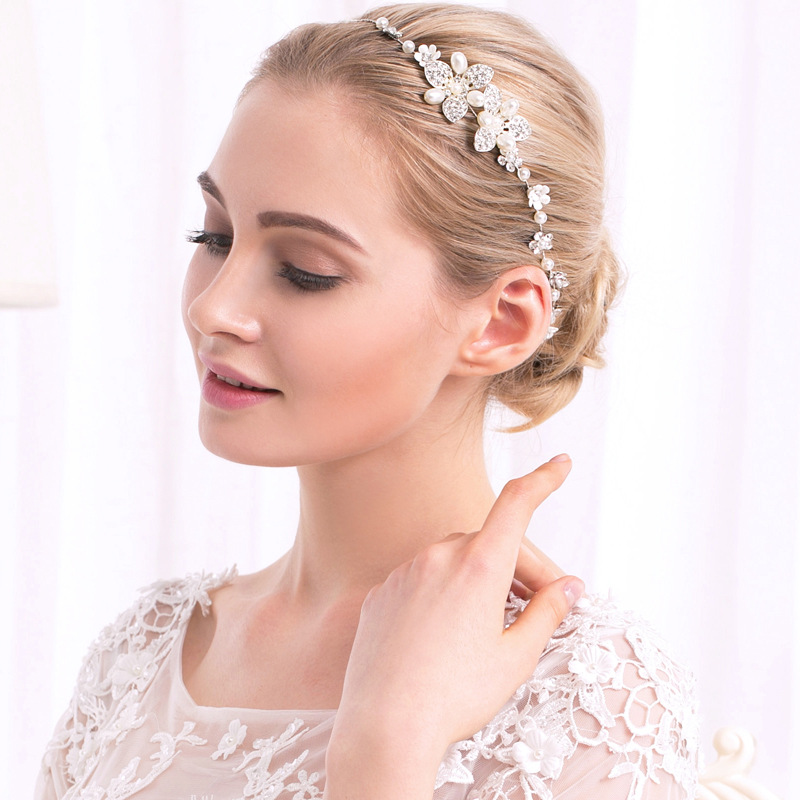 Alloy Fashion Geometric Hair accessories  (white) NHHS0360-white