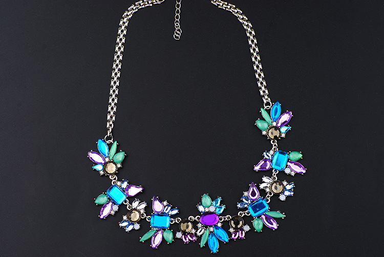 Occident and the United States alloy Inlaid stones necklace NHQQ0228