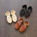 Sandals bé gái thời trang, màu sắc tinh tế, phong cách hiện đại