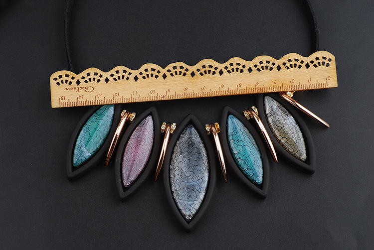 Occident and the United States Resinnecklace (Mixed color)NHQQ0271-Mixed color