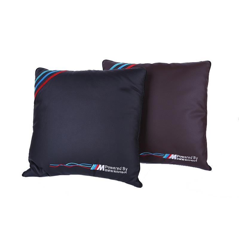 汽车用品汽车抱枕被 多功能双色皮面拼接4S店专用M logo腰靠靠垫