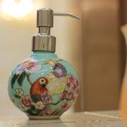 中式花鸟风格创意卫浴瓶手绘陶瓷圆球洗手液瓶优质不锈钢压嘴