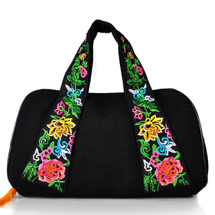2017 new ethnic style embroidered bag Chinese style canvas embroidered women's bag portable travel bag one drop shipping