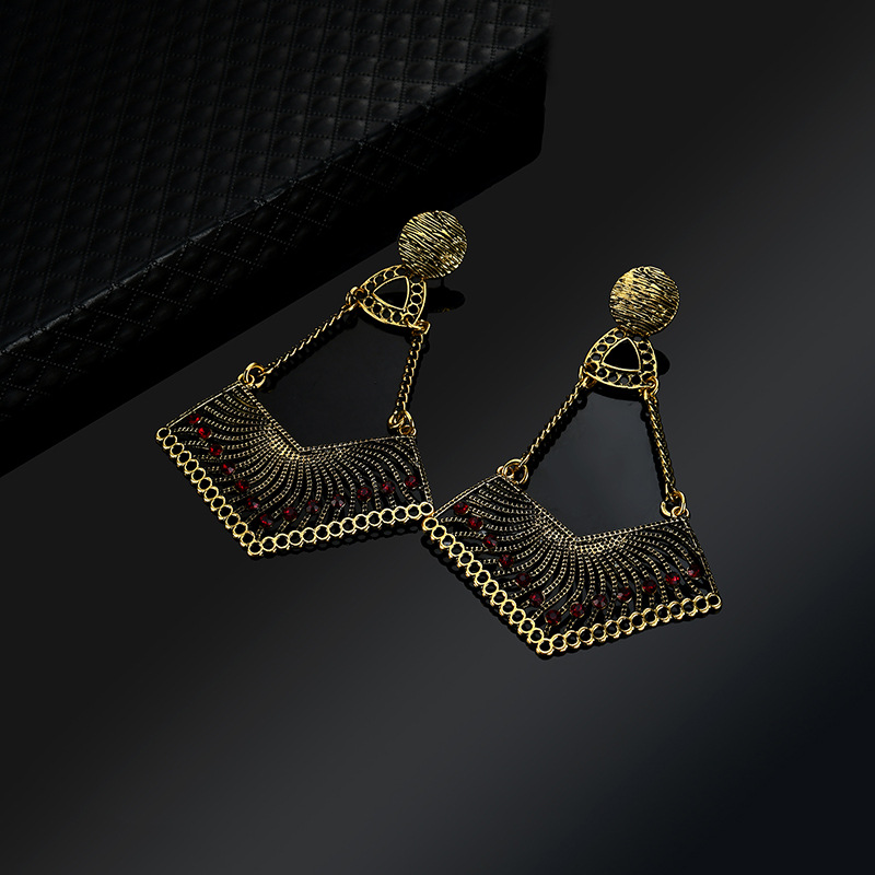 Occident and the United States alloy plating earring (61179390)NHLP0811-61179390