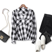 18 spring and summer new French leisure style!Cross V-neck Black and white plaid loose slim shirt shirt women