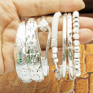 Adult ethnic style silver-plated bracelet female open push-pull Miao silver wholesale night market stalls snowflake silver jewelry supply