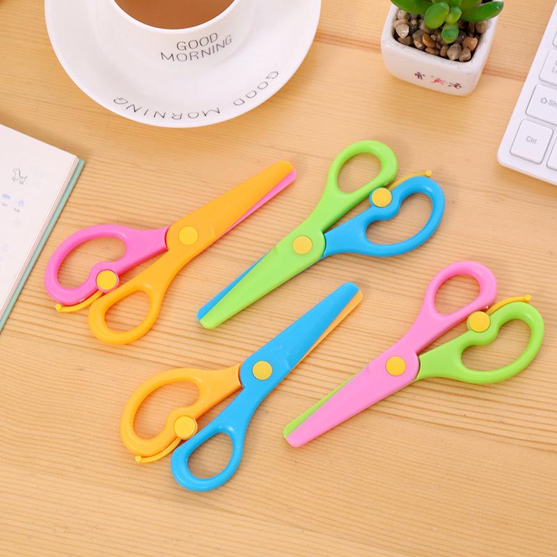 An toàn tất cả kéo nhựa sáng tạo kéo dài mẫu giáo trẻ em cắt giấy bằng tay DIY cắt giấy với đầu tròn