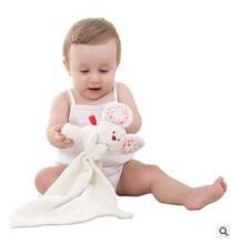 可爱婴幼儿毛绒口水巾环保面料可入口宝宝安抚老鼠手偶巾安抚巾