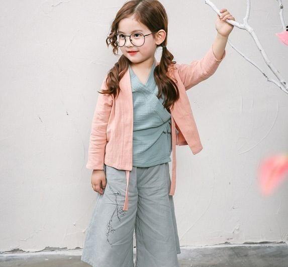 小猪班纳女童裤子降价 小猪班纳小童服装透气么?