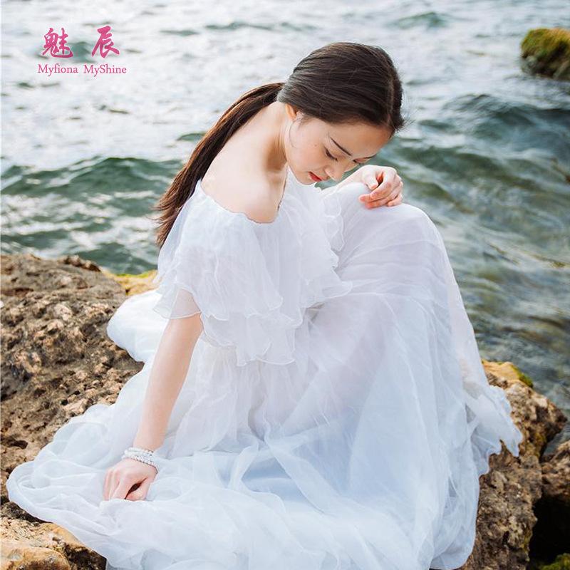 实拍 夏季女神气质雪纺一字领连衣裙白色伴娘大摆长裙沙滩裙