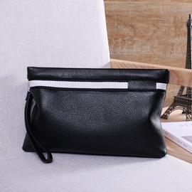 New fashion leather for men, men with fashion, leisure, soft leather, large capacity, large capacity