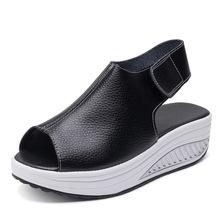 2021新款摇摇鞋厚底增高休闲女式凉鞋外贸魔术贴松糕大码牛皮凉鞋