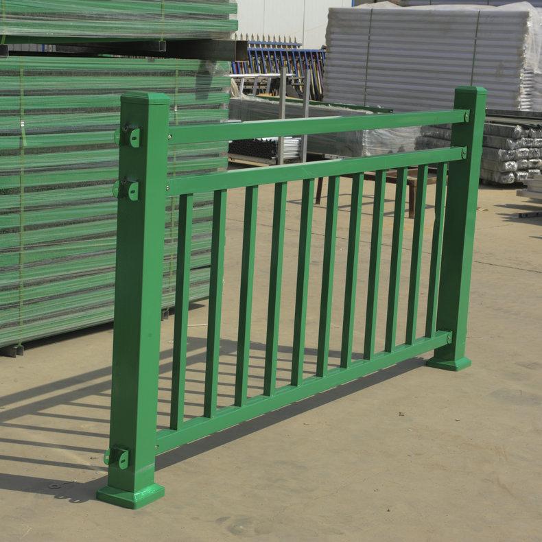 生产现货桥梁河道护栏栏杆  安全美观河道两侧护栏隔离防撞栏