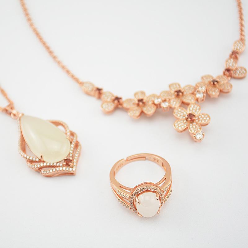 兴展珠宝欧美一款多戴项饰天然和田玉首饰925银镶玉饰品套装批发