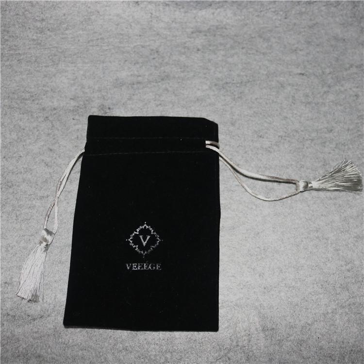厂家定制移动电源防水绒布袋 充电宝U盘数据线收纳袋拉绳束口袋