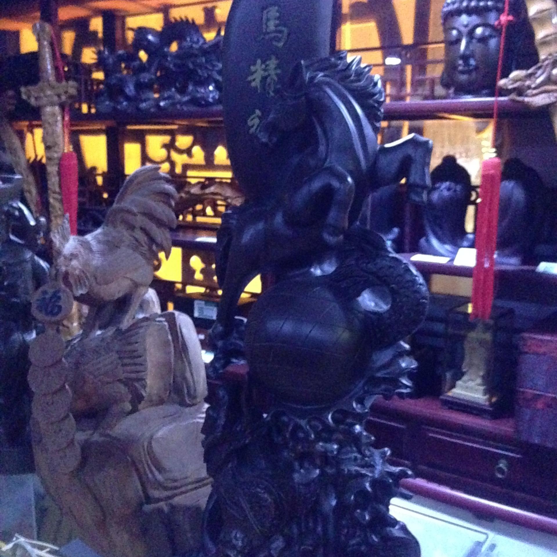 经典木雕龙马精神