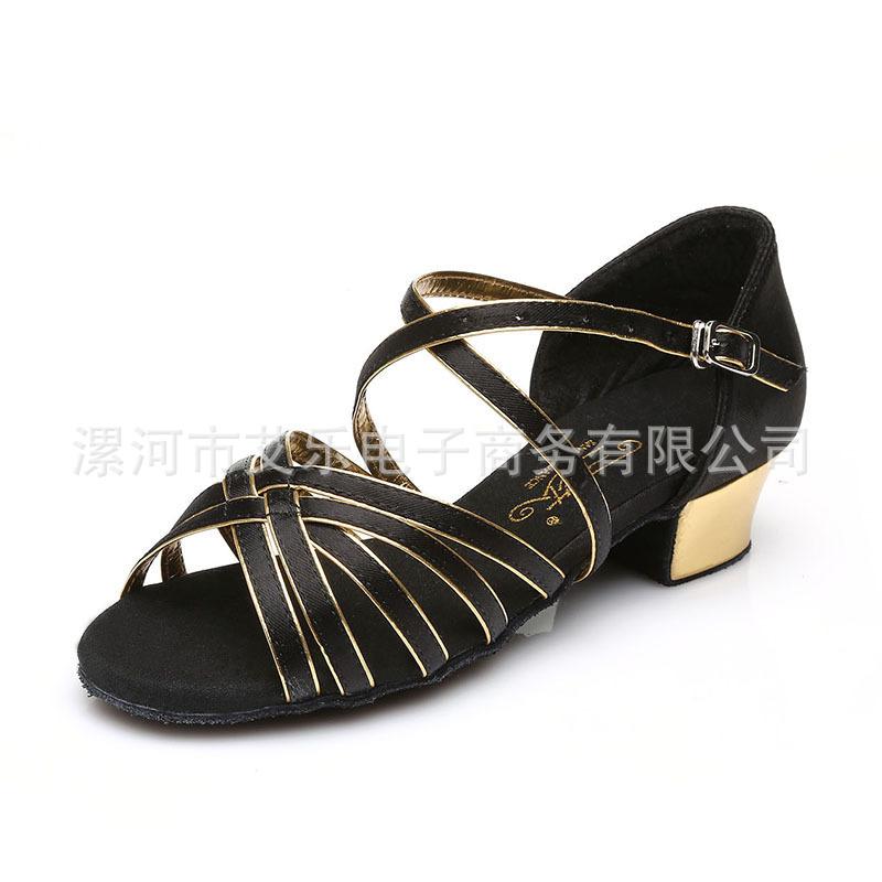 一件代发三莎儿童拉丁舞鞋女童少儿舞蹈鞋中跟软底拉丁鞋批发特价