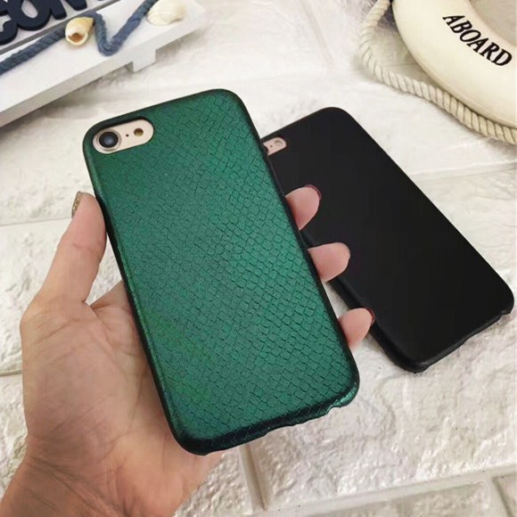 iphoneX snake skin pattern ultra-thin mobile phone case Apple 6plus ultra-thin skin pattern protection cover retro fashion shell