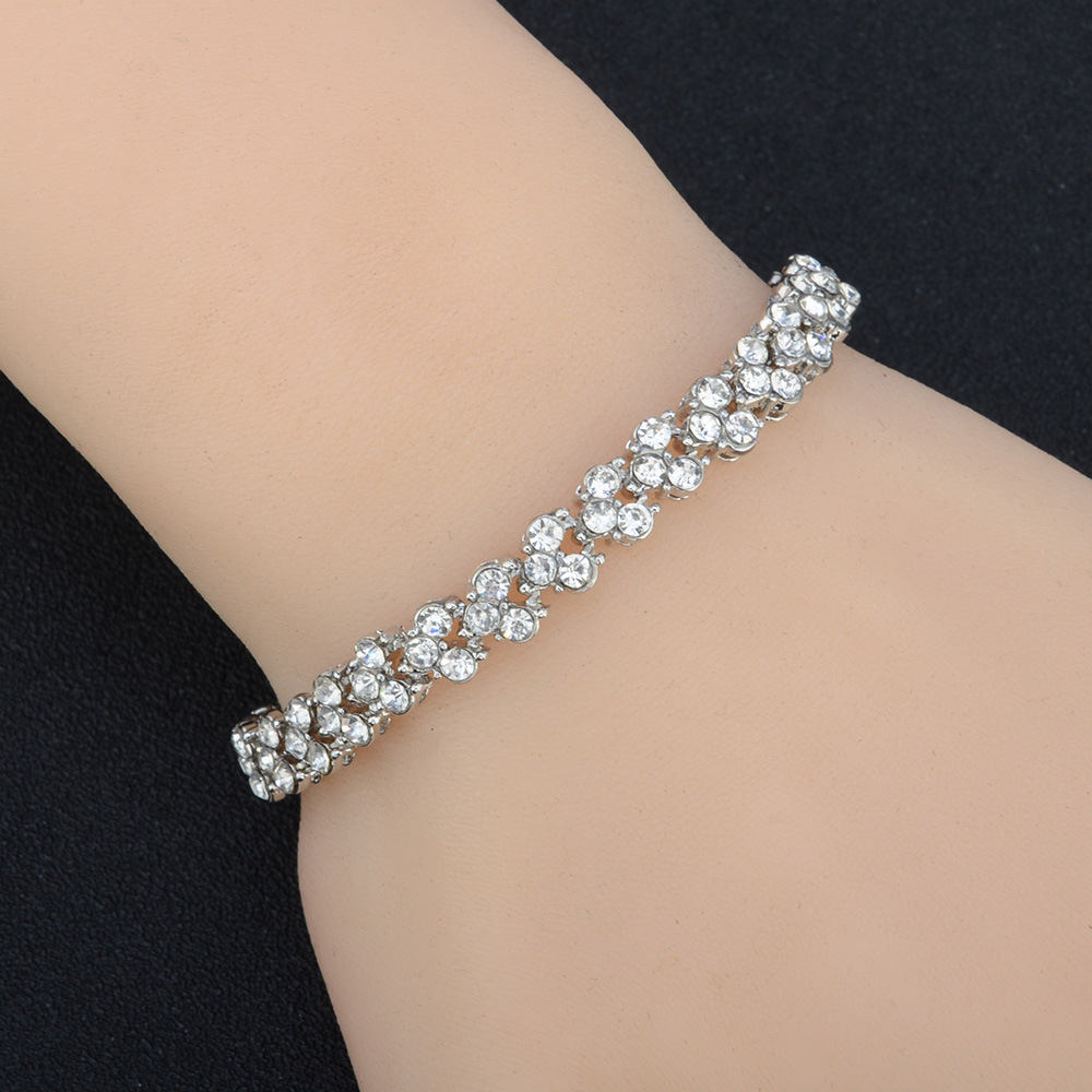 New Roman Crystal Full Diamond Bracelet NHPV153629