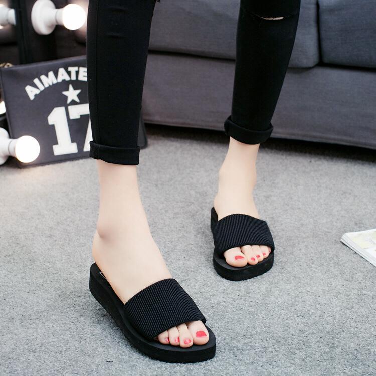 一件代发新款韩版彩虹厚底坡跟松糕防滑女凉拖沙滩一字拖拖鞋批发