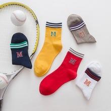 袜子女 秋季新款全棉女士中筒袜 条纹字母M女袜 运动袜 厂家批发