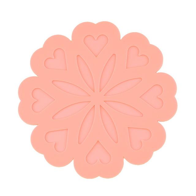 Silicone cách nhiệt pad sáng tạo hình trái tim đào hoa cách mat đế lót ly Tây Panwan túi xách tay phần dày hơn Silicone giả