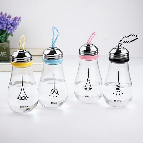 Sáng tạo bóng đèn cốc nam Hàn Quốc và sinh viên nữ với một cá nhân bộ cốc ly xách tay biểu tượng cốc tùy chỉnh cầm tay Bộ cốc